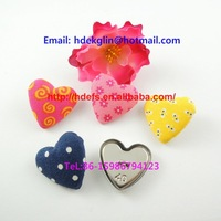 professional factory make heart shape buttons