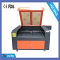 di plastica a basso costo macchina di taglio laser in vendita