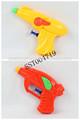 pequenos brinquedos de plástico de água arma