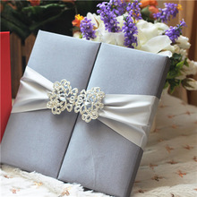 Nice set and great price hot sale luxurious wedding invitation card