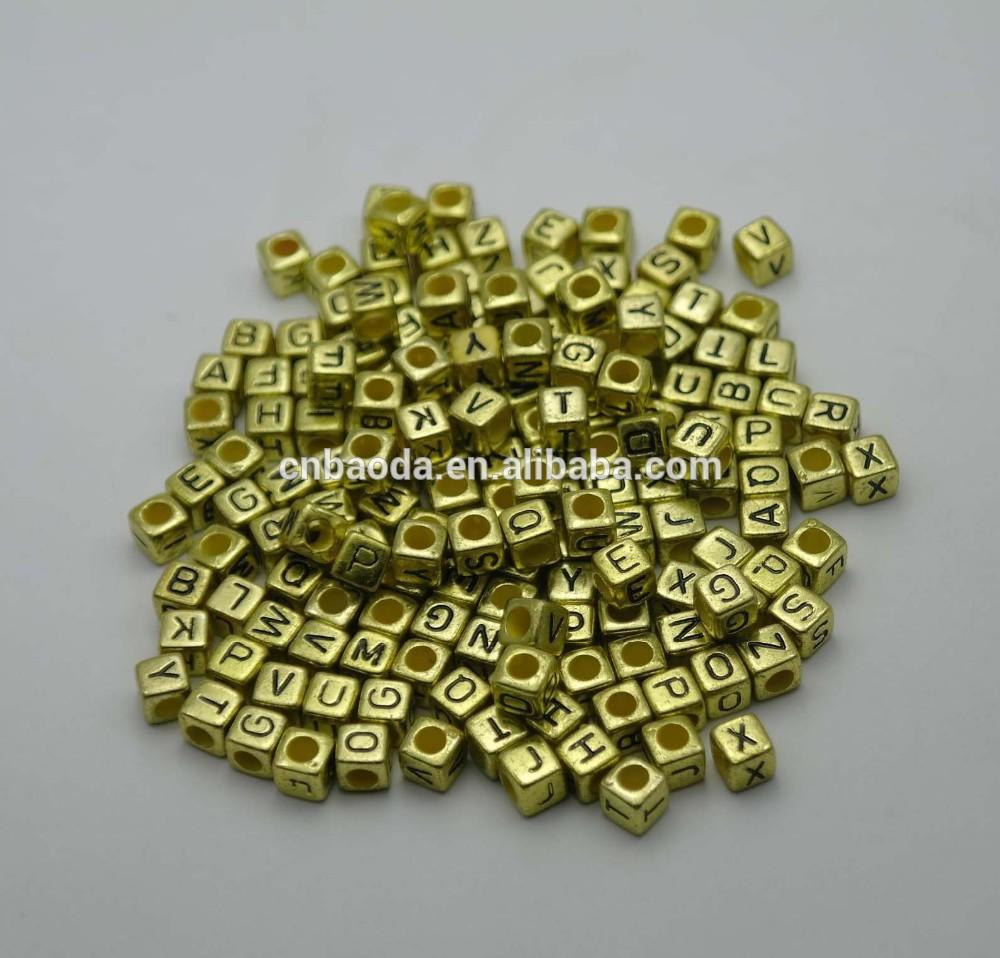 yüksek kalitede altın metalik mektubu boncuk