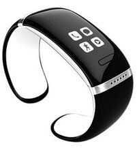 smartband with function handfree,calling display,and shake massage