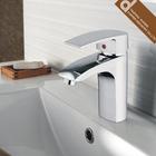 China new design popular bathroom water faucet