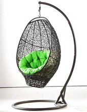 2013 New arrival synthetic rattan swing chair/wicker egg chair/rattan hanging chair with steel frame
