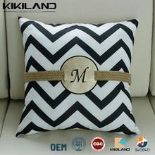 New arrival white/black fancy chevron cushion cover pillow case