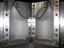 Professional manufacturer for plastic bottle mould personal care bottle mould 15ml