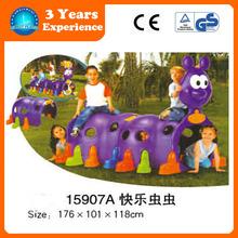 Children Happy plastic worm tunnel for indoor