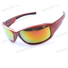 More Than 10 Years' OEM Fish eyewear with CE standard