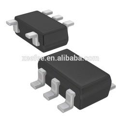 AD8605ARTZ Rail-to-Rail, Input/Output Operational Amplifiers