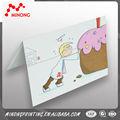 De moda del precio bajo caliente universal de papel niños por tarjetas de invitación de cumpleaños