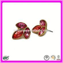 2015 high quality custom zinc-alloy wholesale fingernail earring posts