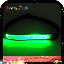 Reflective flashing elastic belt flat optical fiber design