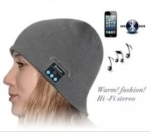 2015 Fall and Winter Bulk Sale Fashion knitted bluetooth beanie hat with headphone