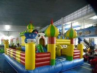 new design inflatable bouncy castle