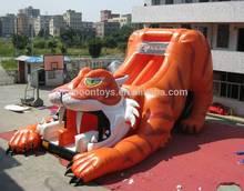 2015 hot jumping inflatable tiger slide