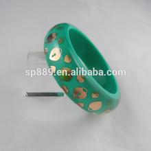 latest hot sale fashion jewelry resin bangle and bracelet