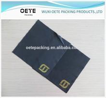 black color microfiber cleaning/lens/eyeglass cloth saw cutting hot stamp/golden foil logo