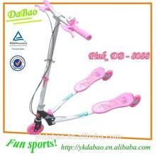 Venta al por mayor 3 ruedas scooter patada honda scooter precio