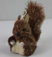 Christmas squirrel decoration/Natural straw squirrel/wholesale hanging squirrel