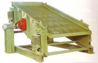 Professional gold mining machine YA series vibrating screen for sale