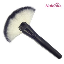 fan brush DS-017