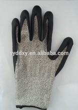 Super fine foam nitrile butadiene point bead cutting gloves/Anti cut gloves