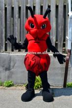 Rojo encantador del traje / del traje de insectos