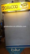 GU-M1745 fashion antique fabric metal display stand