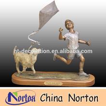 boy flying kites and dog outdoor bronze children sculpture NTBH-C391