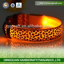 QQ04 Discount flag dog collar & elizabethan pvc dog collars