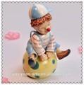 embarcaciones de porcelana de payaso musical de cerámica caja de música para la promoción de regalos