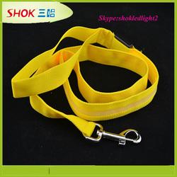 2015 newest nylon Led retractable dog leash custom wholesale dog leash