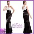 2015 New Design de um ombro longo preto e branco vestido de noite para meninas