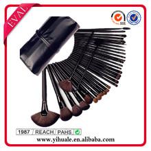 Professional 32 make up brushes