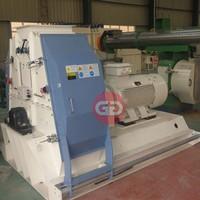 Low cost high output fodder disintegrator machine