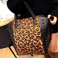 Best selling woman studded handbags cool fashion cheap tote ladies bag with fur SY5903