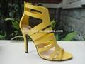 لطيف تصميم الأشرطة اللون الأصفر مثير امرأة الأحذية عالية الكعب جنسي