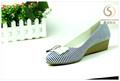 apartamento de tamanho grande de couro feminino bonito sapato sandália