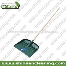 Hot seling PP snow shovel with wooden handle,car snow shovel