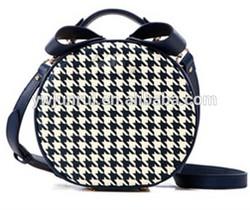 Big brand designer fashion lady first choice black and white hard grain round bags