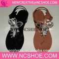 de moda pvc las sandalias transparentes de señoras de la jalea con brillantes joyas iguales uppe