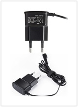 Hot sale 1 years warranty 5v Nokia portable micro usb cell phone charger with v8