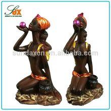 Custom Polyresin African Girl Figruine / Resin Sitting Sexy Lady Home Decoration