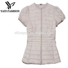 2015 trendy lightness short style spring down coat for young girl