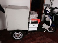 Customized electric tricycle for fast food