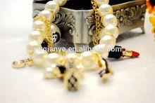 fashion popular new Highlighting the pearl bracelet