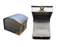 long-welcomed single velvet plastic ring box in hot sale with tight lock for ring packaging