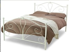 5FT King Size Metal Bed Frame - Wrought Iron Bedstead - Decorative Head and Foot Board - Off-White
