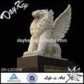 La escultura de los animales, tamaño de la vida con alas estatua de león