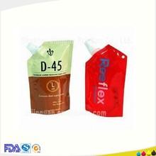 de plástico de pico vertedor bolsa con el diseño y el logotipo